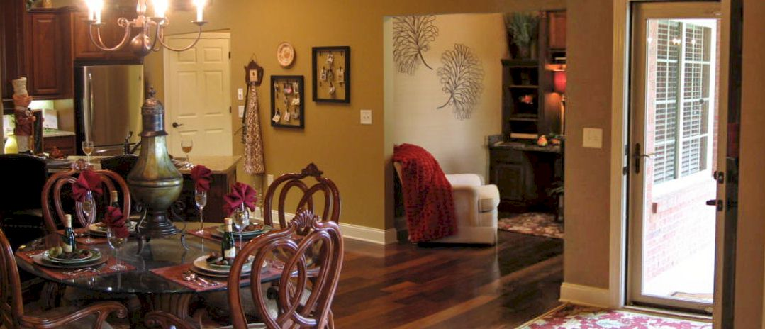 Westminster II - Family Room Picture 1